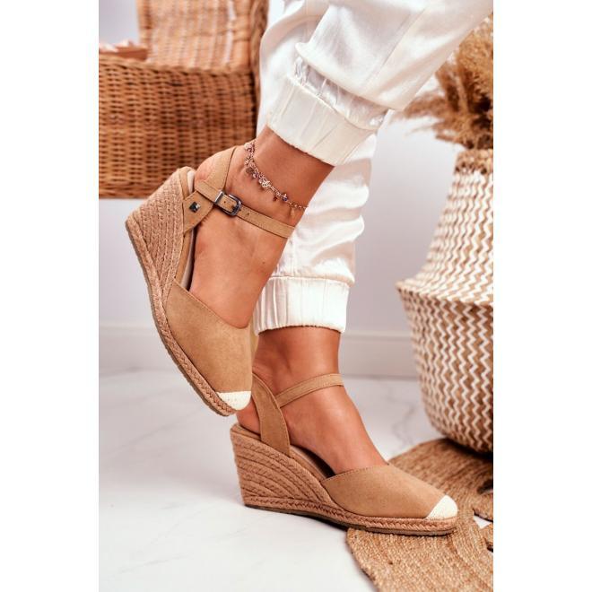 Svetlohnedé dámske sandále Big Star na klinovom podpätku