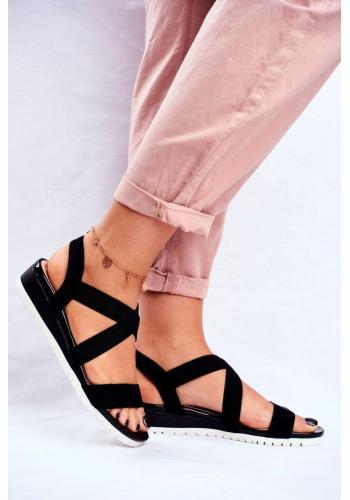 Čierne dámske nazúvacie sandále na klinovom podpätku