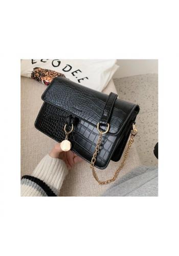 Čierna elegantná kabelka s retiazkou pre dámy
