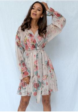 Púdrovo-ružové šifónové šaty s jemnými kvetmi