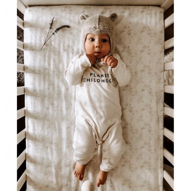 Detské prestieradlo na posteľ s gumkou s motívom sveta dinosaurov