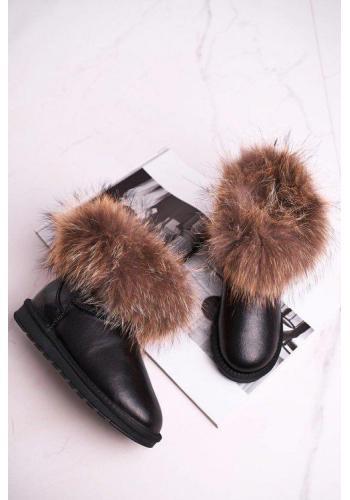 Čierné dámske kožené snehule s kožušinou