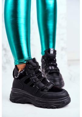 Trendy športová obuv pre dámy v čiernej farbe