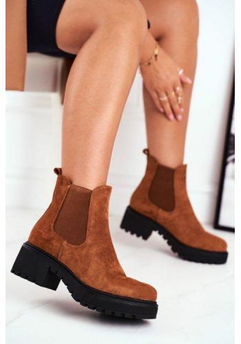 Semišové dámske topánky hnedej farby