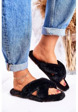 Dámske kožušinové papuče v čiernej farbe