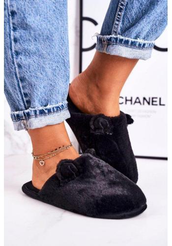 Teplé papuče v čiernej farbe s ušami