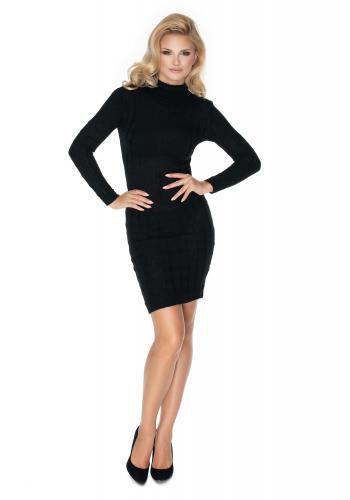 Štýlové pletené šaty v čiernej farbe s vrkočovým vzorom a rolákom pre dámy