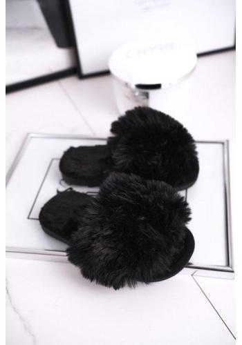 Štýlové papuče pre dievčatá v čiernej farbe