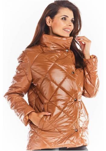 Béžová prešívaná bunda s vysokým golierom pre dámy