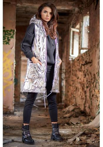 Lesklá dámska vesta striebornej farby s kapucňou