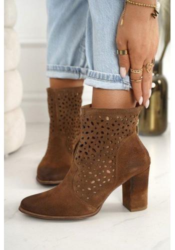 Topánky na podpätku pre dámy