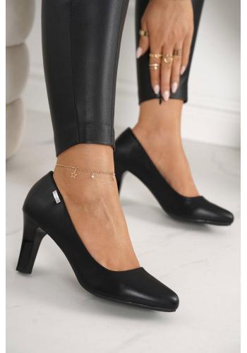 Klasické dámske lodičky na podpätku v čiernej farbe