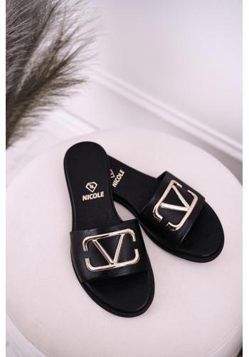 Dámske elegantné kožené šľapky čiernej farby so zlatou aplikáciou