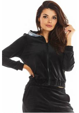 Zamatová dámska mikina čiernej farby na zips