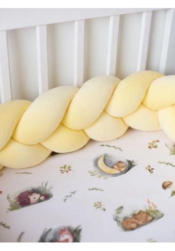 Detský velúrový uzlíkový chránič na postieľku v žltej farbe