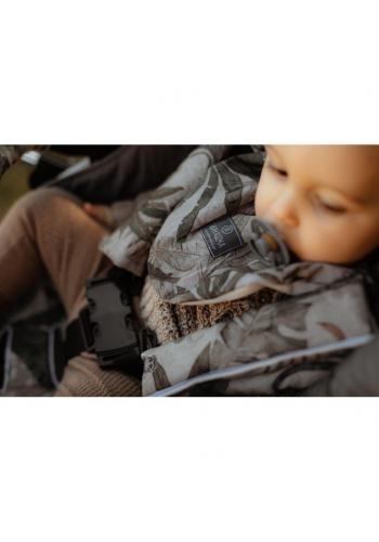 Obojstranné ochranné kryty na pásy do kočiara s motívom detektívo z džungle - zamat