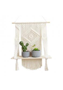Pletená ozdoba makramé na stenu s poličkou
