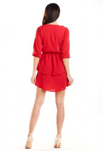 Zmyselné dámske šaty červenej farby s dvomi volánmi