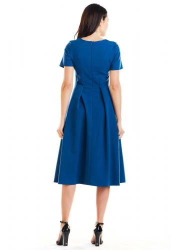 Modré romantické šaty s rozšírenou sukňou pre dámy