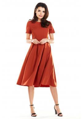 Dámske romantické šaty s rozšírenou sukňou v tehlovej farbe