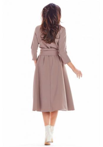 Midi dámske šaty kapučínovej farby s opaskom