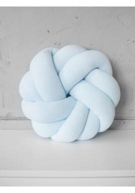 Pletený velúrový vankúš v beby modrej farbe
