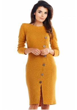 Priliehavé dámske šaty ťavej farby s gombíkmi