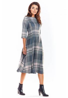 Rozšírené dámske šaty sivej farby so vzorom