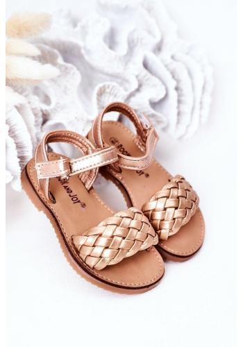 Štýlové detské sandálky v zlatej farbe