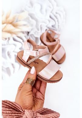 Štýlové detské sandále s flitrami v ružovej farbe