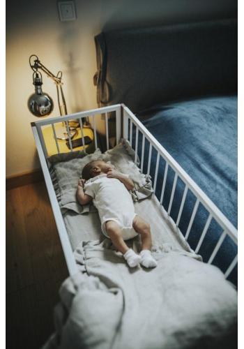 Hojdacia postieľka SIMPLE pre bábätka - biely buk