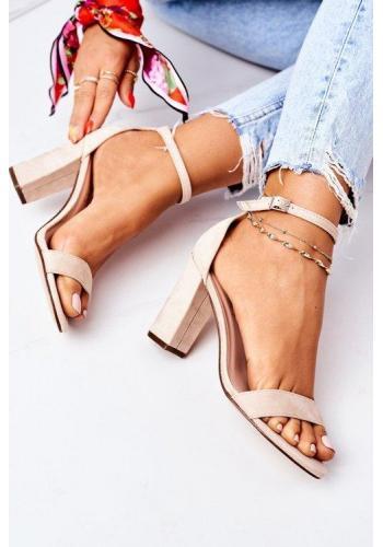 Elegantné dámske sandále béžovej farby na opätku