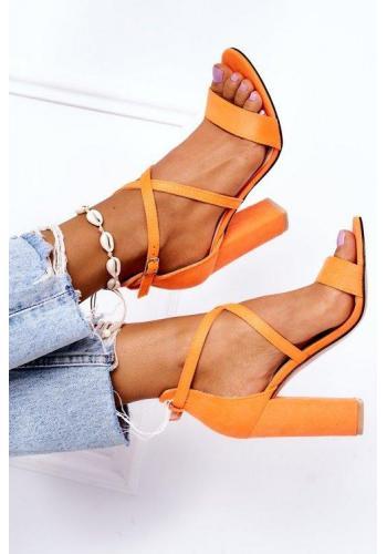 Oranžové sandále na opätku s remienkami
