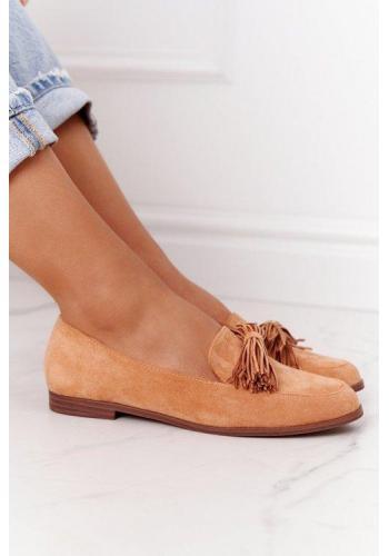 Trendy mokasíny v ťavej farbe so strapcami