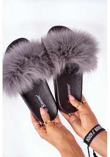 Módne dámske papuče s kožušinou tmavosivej farby
