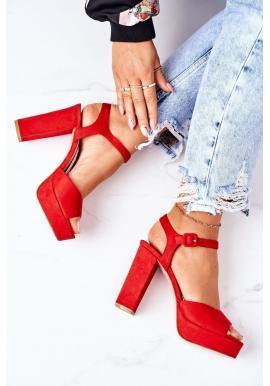 Dámske semišové sandále na vysokom podpätku v červenej farbe