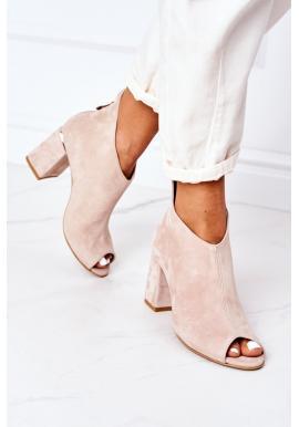 Semišové dámske topánky béžovej farby na stabilnom opätku