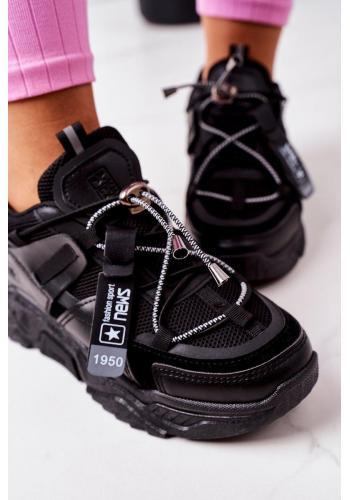 Športové dámske Sneakersy čiernej farby s elastickými šnúrkami