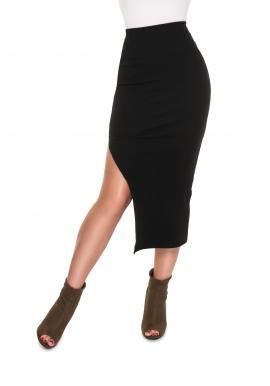 Dámska rebrovaná maxi sukňa s rázporkom v čiernej farbe