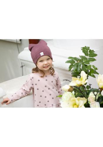 Štýlová tmavoružová čiapka pre dievčatko