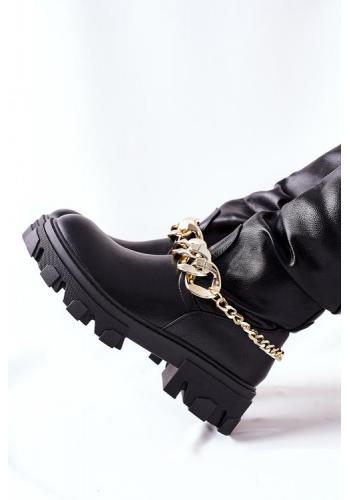 Módne čierne oteplené čižmy s retiazkou pre dámy