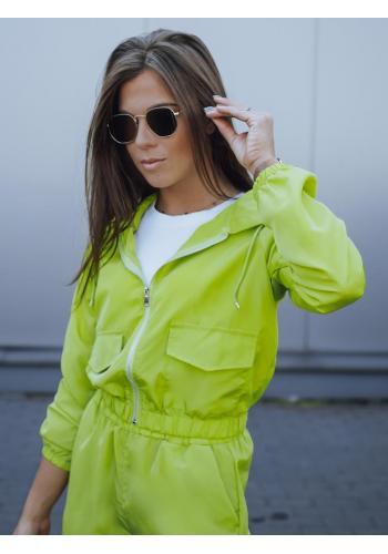 Dámska krátka bunda s kapucňou v limetkovej farbe